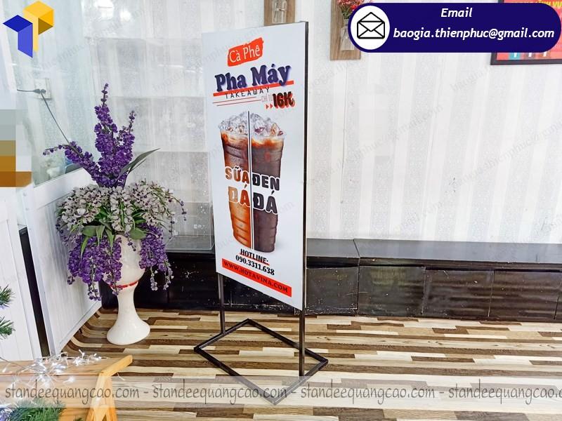 đóng standee 2 mặt quảng cáo bán cà phê
