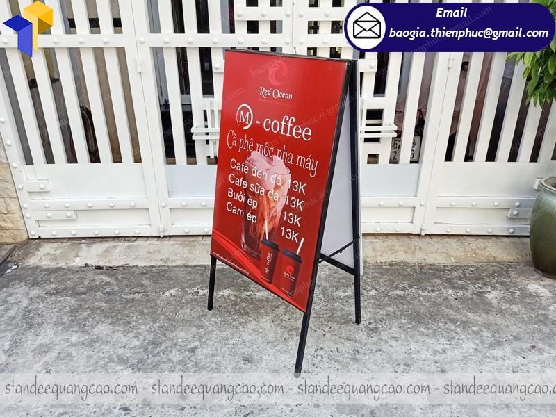 standee chữ a quảng cáo quán cafe