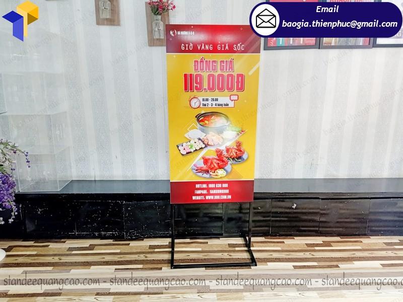 standee 2 mặt quảng cáo gà nướng