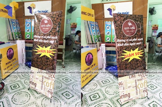 Standee x treo poster quảng cáo giá rẻ tại HCM